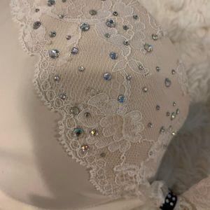 Victoria's Secret Intimates & Sleepwear - Victoria's Secret white gemstone bra 💎